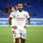 Memphis Depay to stay at Lyon