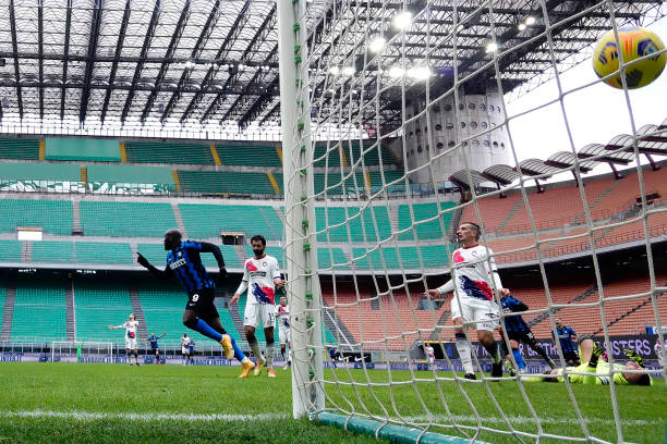 Inter 6-2 Crotone: Lautaro hits hat-trick as Inter top Serie A table